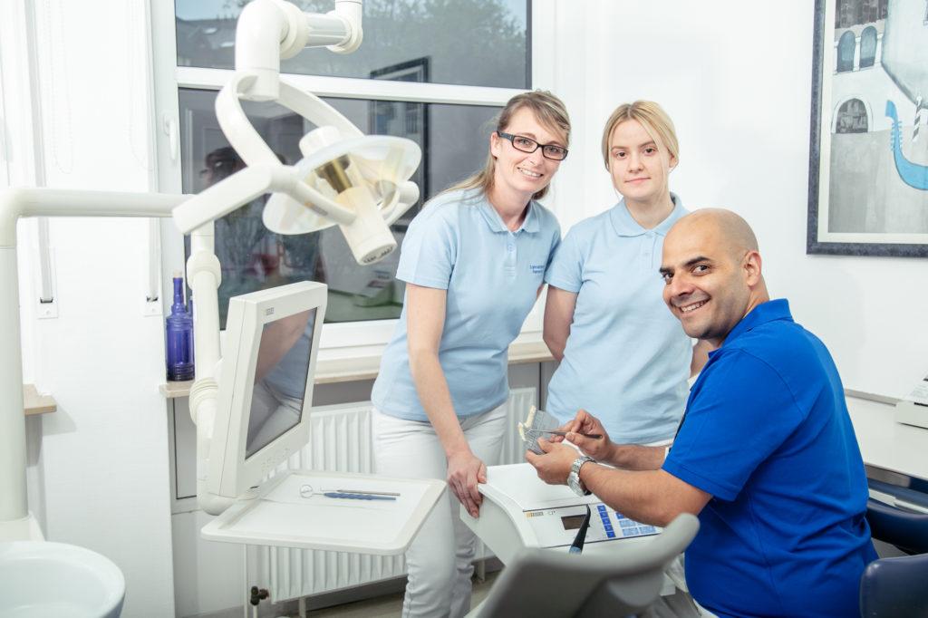 Zahnarzt Koblenz Karthause - Fernandez - Leistungen - das Team für die Professionelle Zahnreinigung